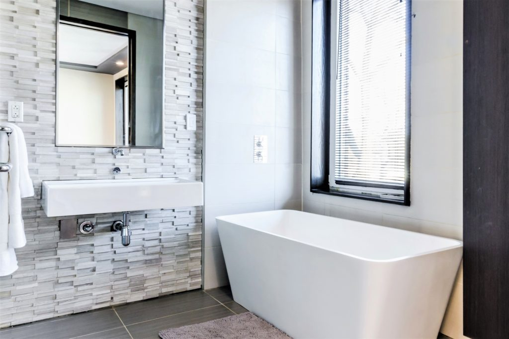 bold tile accents in bathroom